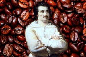 Ponoć Balzac wypijał nawet 50 filiżanek dziennie. Ale miejmy na uwadze, że lubił kawę z burbonem...